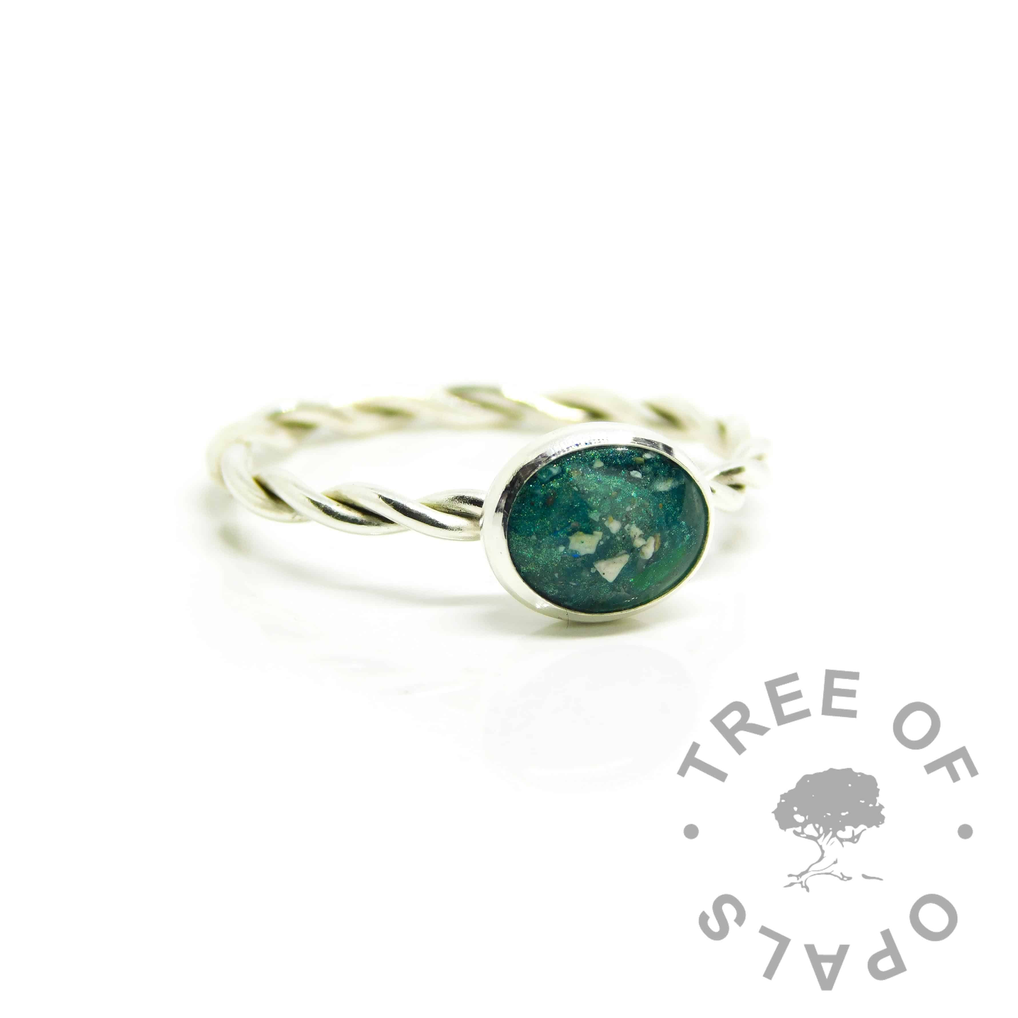 ashes ring teal, mermaid teal resin sparkle mix, 2.4mm twisted band ring setting