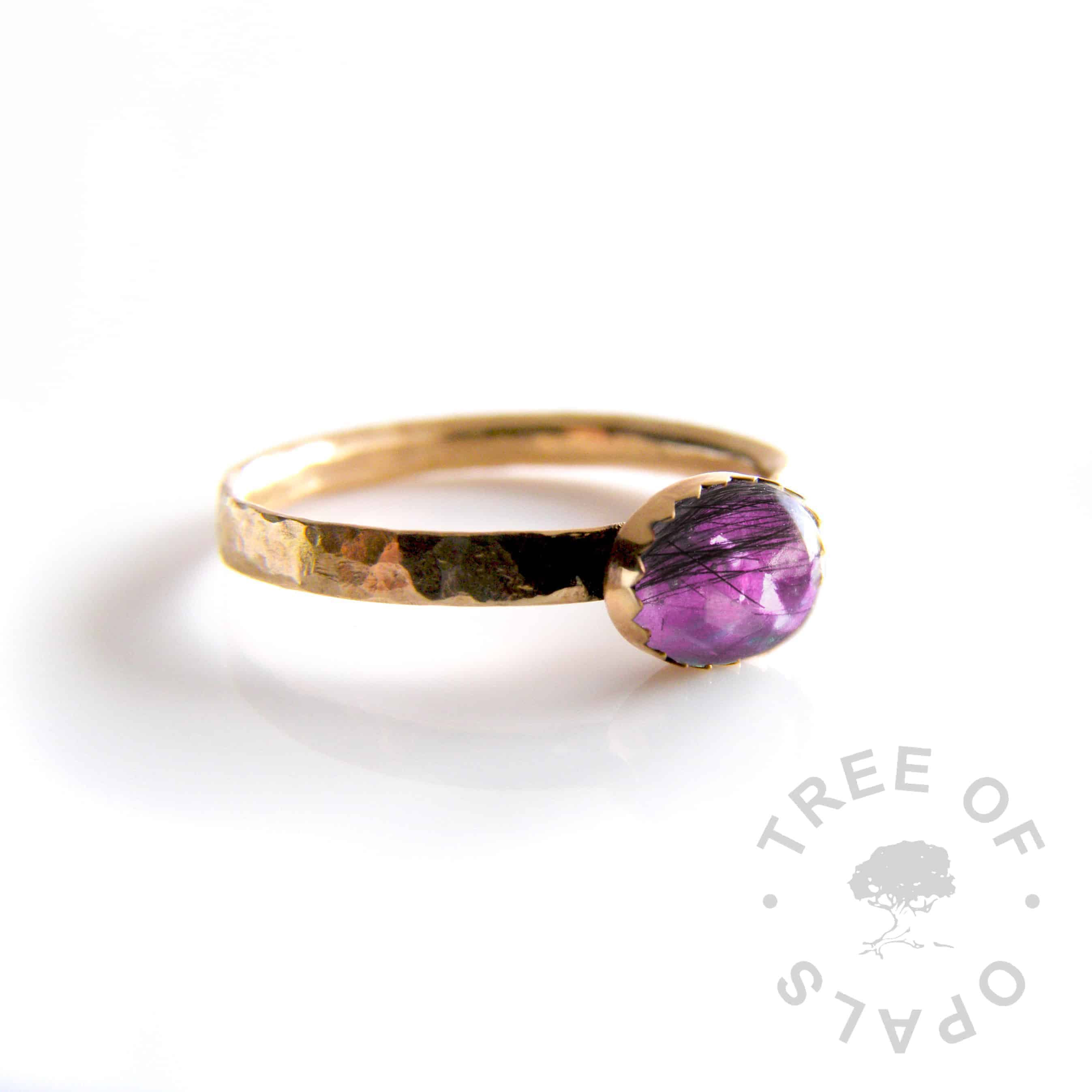 solid 14ct yellow gold lock of hair ring with purple opalescent flakes (mockup)