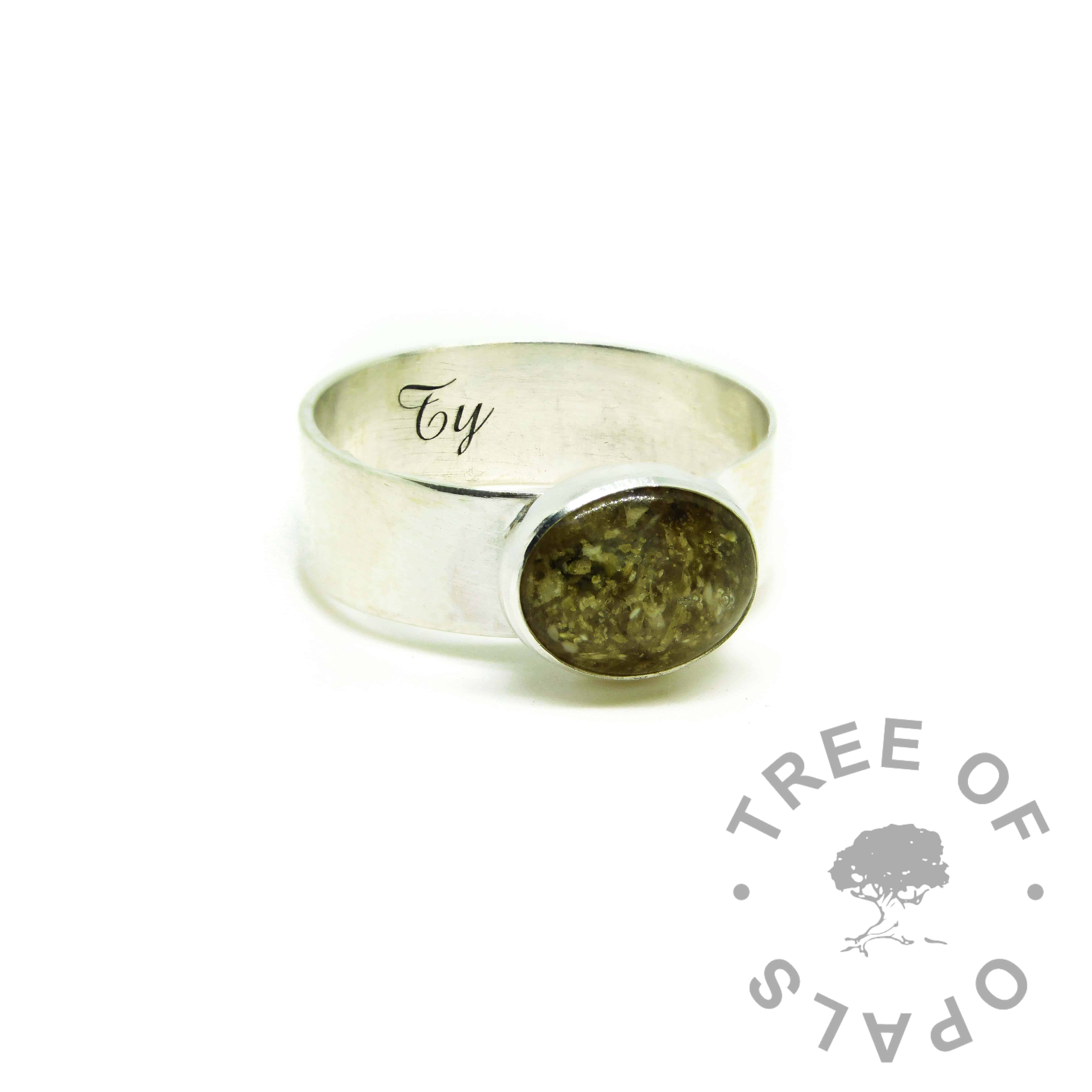 classic ashes ring, cremation ashes ring on 6mm shiny band. No resin sparkle mix, naturally yellow/green ashes